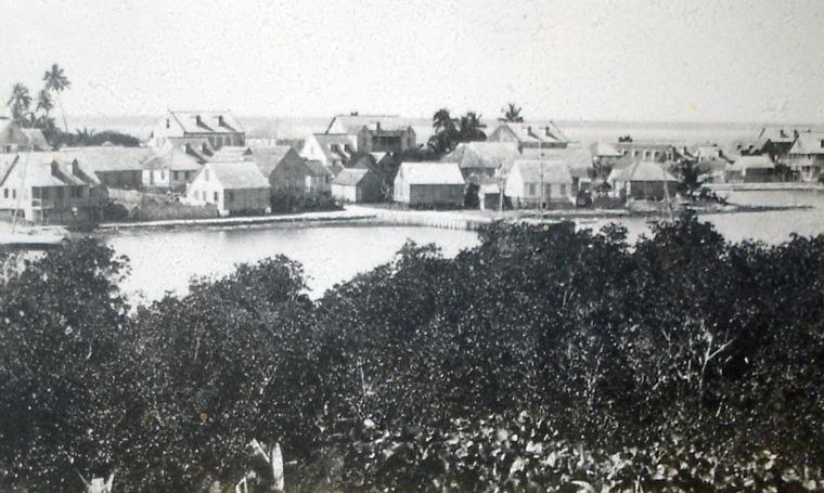 The Curry House (far left) Pre-1932