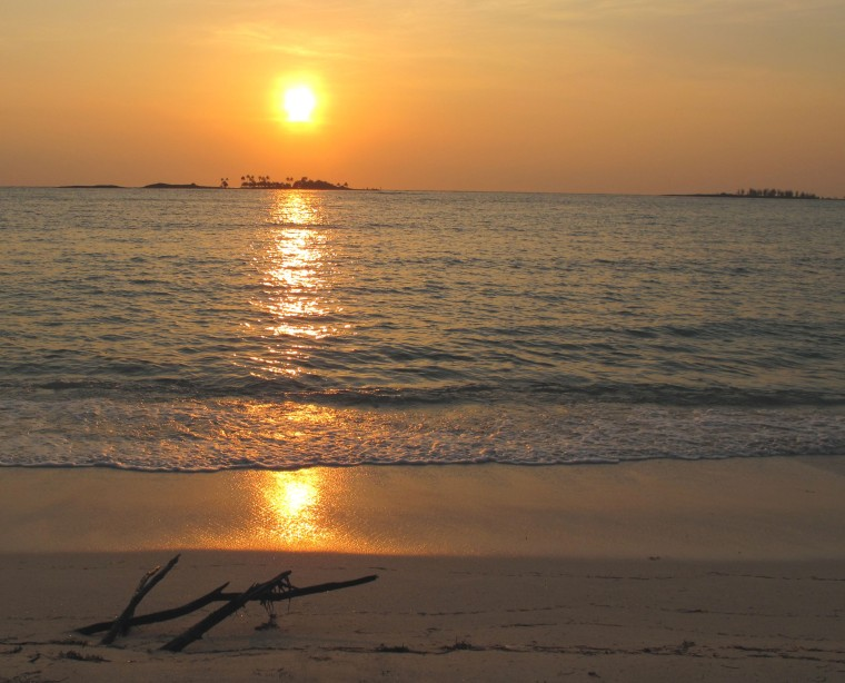 Sunrise over Pelican Cay, Green Turtle Cay, Bahamas