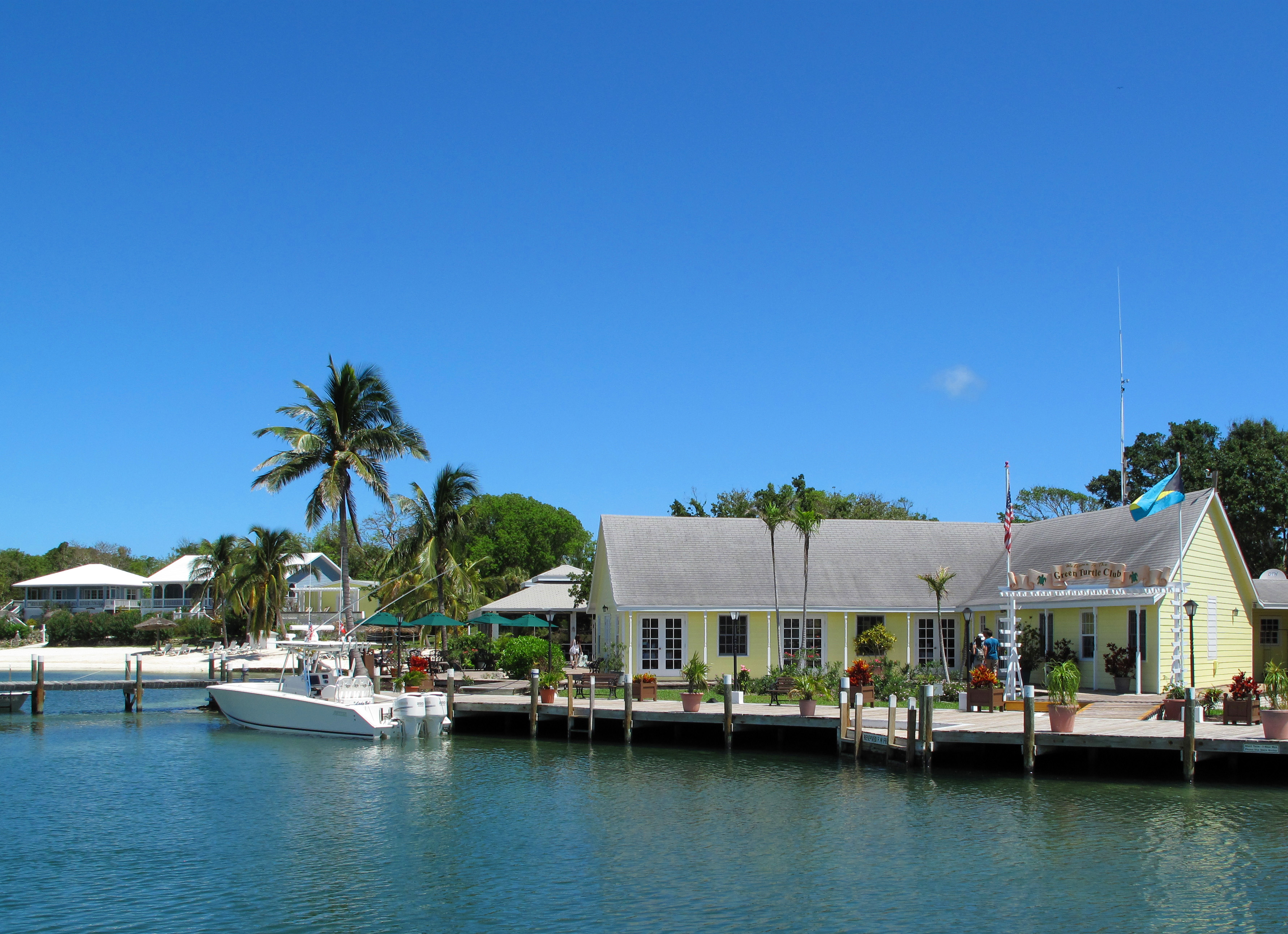 House rentals green turtle cay - The Green Turtle Club