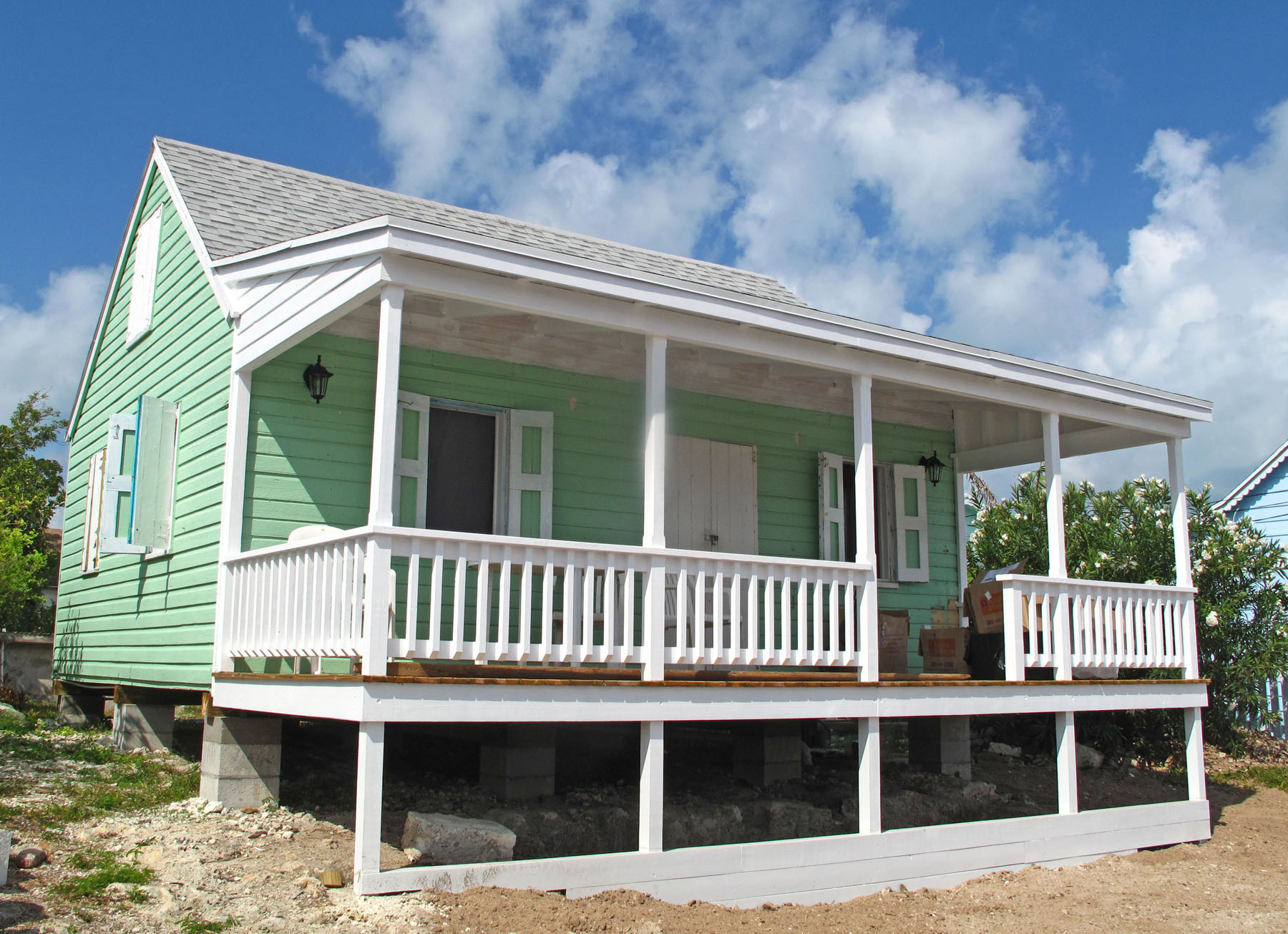 bahamas, green turtle cay, abaco, fish hooks cottage, porch