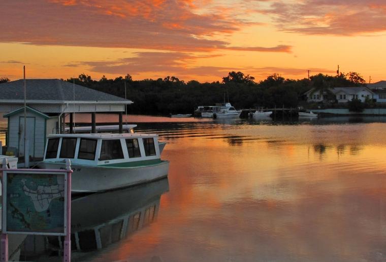 fish hooks, abaco, bahamas, green turtle cay