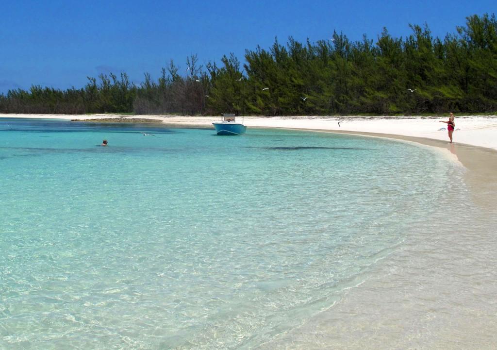 bahamas, abaco, green turtle cay, munjack cay, lincoln jones, beach
