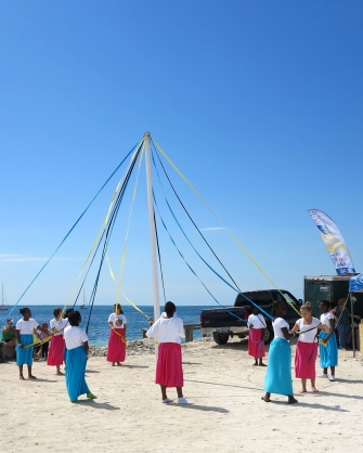 Plaiting the Maypole