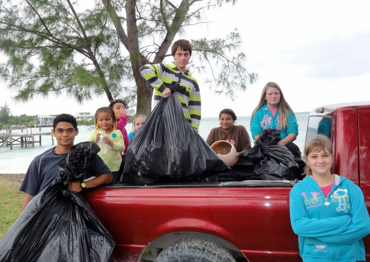 bahamas, abaco, green turtle cay, beach cleanup, youth, environment