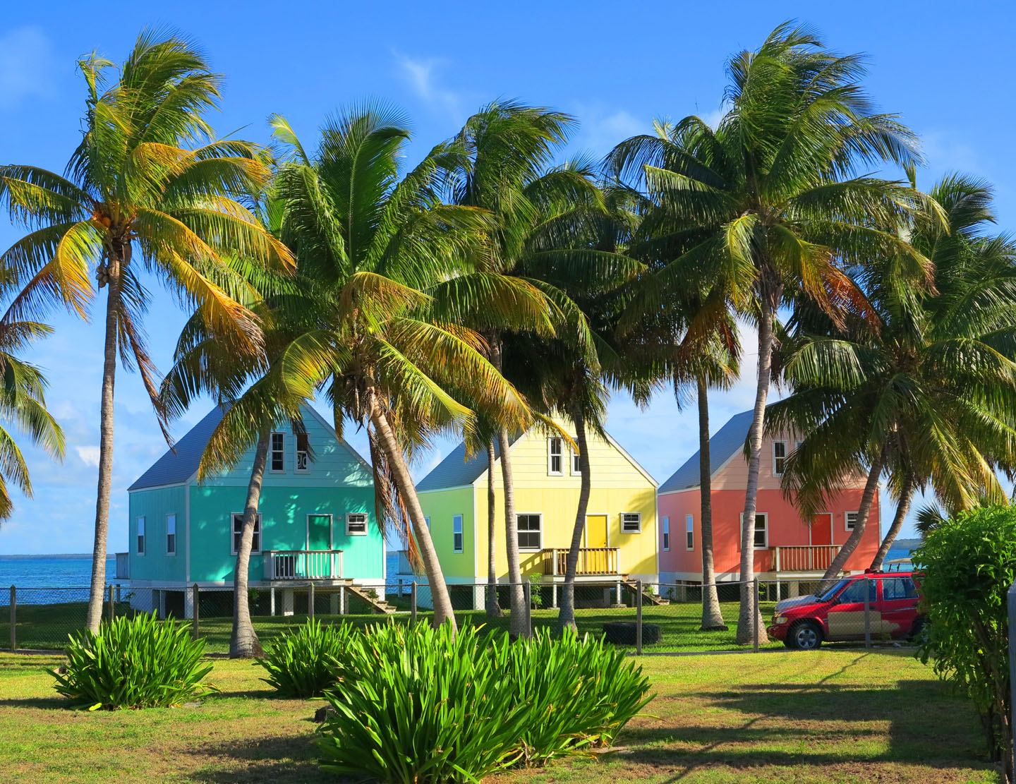 Colourful cottages on Green Turtle Cay, Bahamas