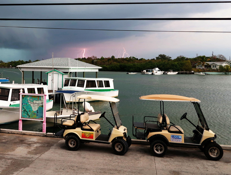 bahamas, abaco, green turtle cay, weather, lightning