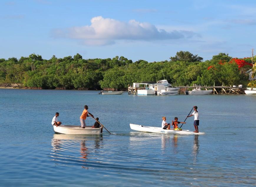 bahamas, abaco, green turtle cay, boys, boats