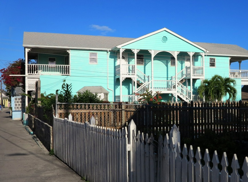 bahamas, abaco, green turtle cay, real estate, vacation home, golden reef