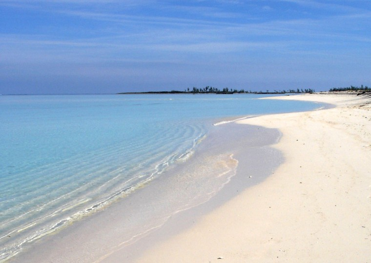 Calm Day at Gillam Bay - Green Turtle Cay, Abaco, Bahamas