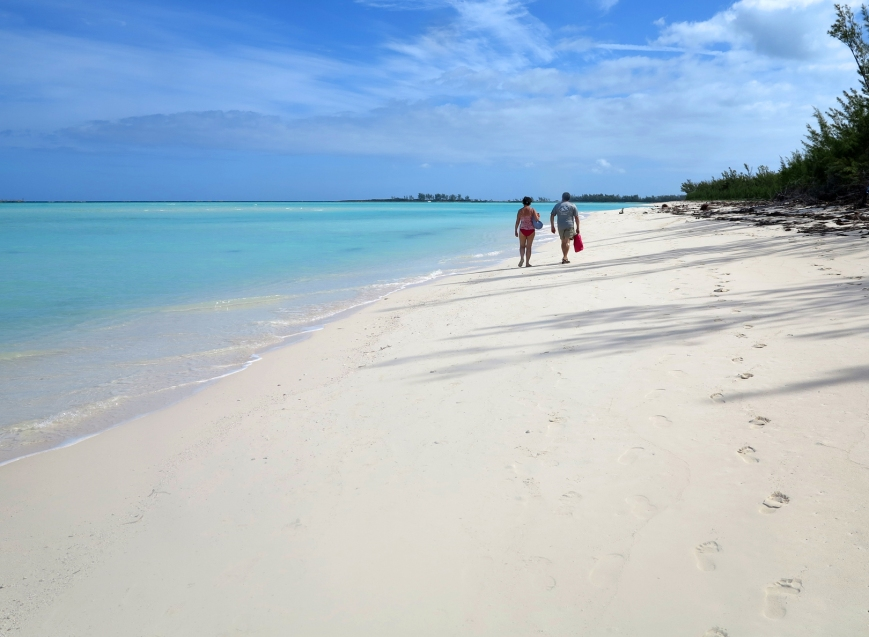 An afternoon walk at Gillam Bay - Green Turtle Cay, Abaco, Bahamas.