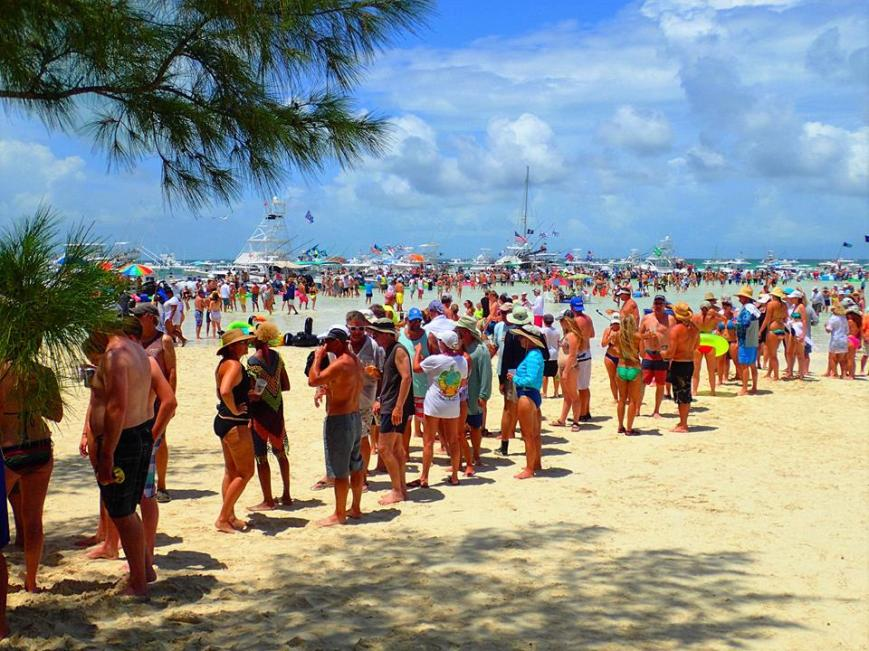 Cheeseburger in Paradise Party at Fiddle Cay, Bahamas - July 1, 2016