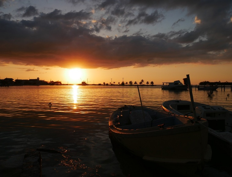 www.LittleHousebytheFerry.com - Daily Photo - sunset over Settlement Creek, Green Turtle Cay, Bahamas.